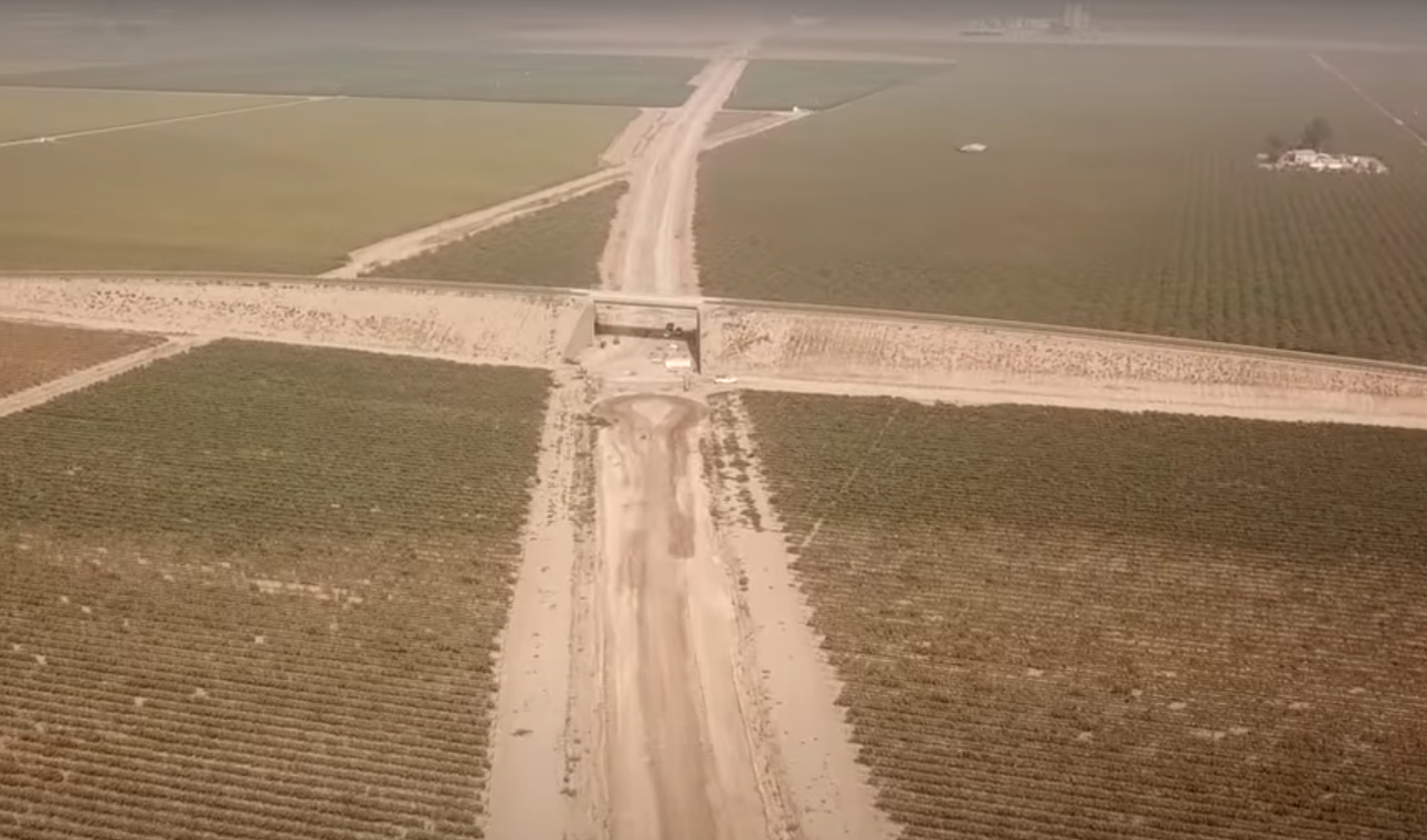 A look at HSR right-of-way construction in the Central Valley. Photo from https://www.youtube.com/watch?v=CDt4bX7fCG8&t=400s&ab_channel=TheFourFoot